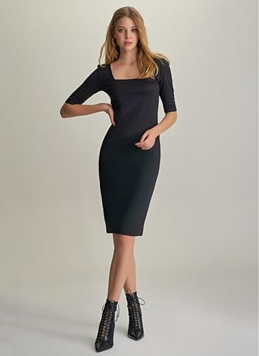 NGSTYLE Kare Yaka Örme Elbise Siyah